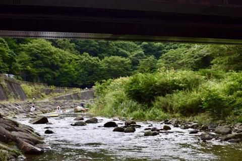 板室の橋の下